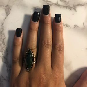 Jewelry - Olive green stone ring